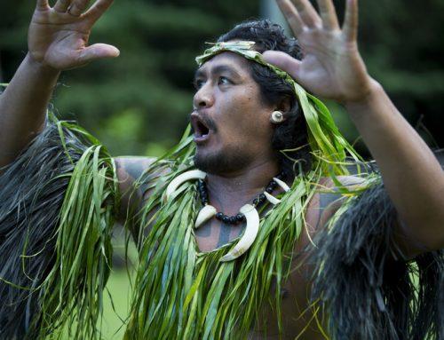 Соприкосновение с культурой полинезийцев.