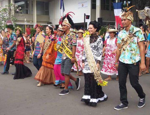 Парад в день независимости Французской Полинезии
