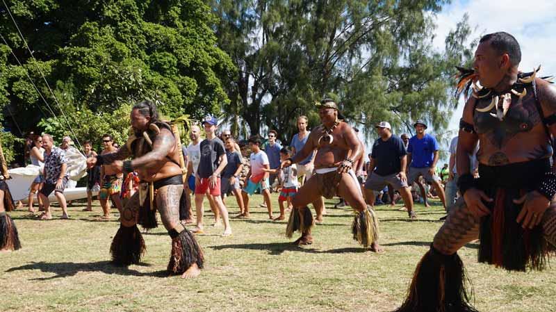 Маркизцы танцуют вместе с публикой